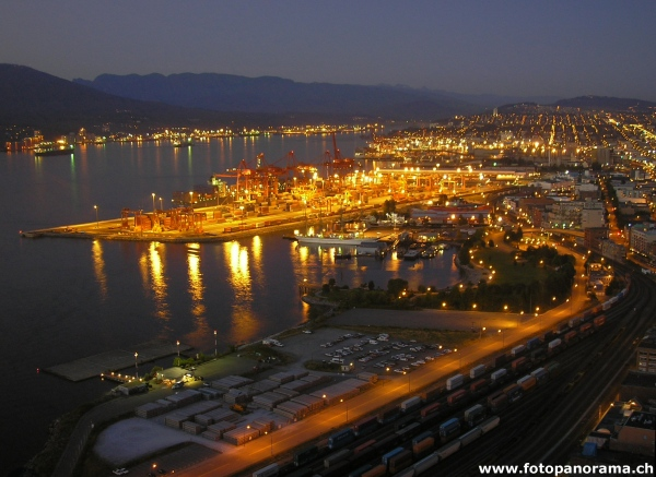 Vancouver, Waterfront ir nacht